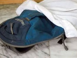 Как стирать рюкзак?
