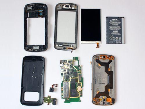 Телефон в разобранном виде