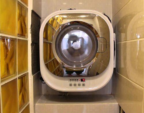 Настенная стиральная машины DAEWOO DWD-CV701PC