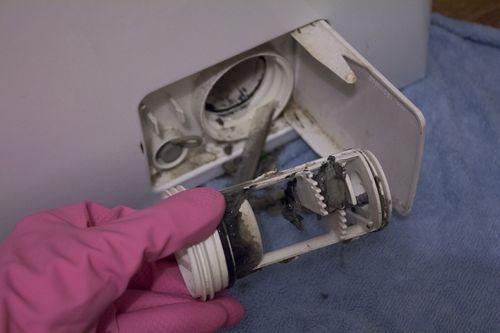 Грязный фильтр стиральной машины