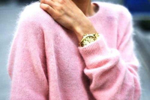 Розовый кашемировый свитер