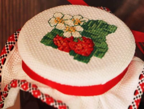 Вышивка ручная